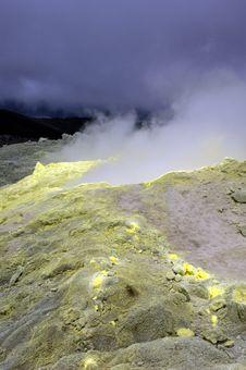 Free Galapagos Sulfur Volcano Royalty Free Stock Image - 18407396