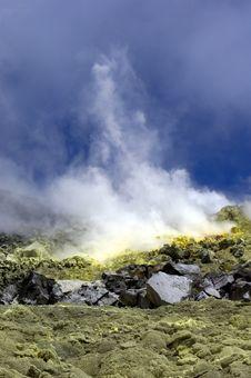 Free Galapagos Sulfur Volcano Stock Photography - 18407472