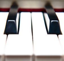 Free Closeup Of Piano Keys Royalty Free Stock Photo - 18411225