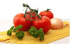 Free Bunch Of Tomatoes Royalty Free Stock Image - 18419646