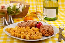 Free Chicken Breast With Fried Potatoes And Salad Stock Image - 18422991