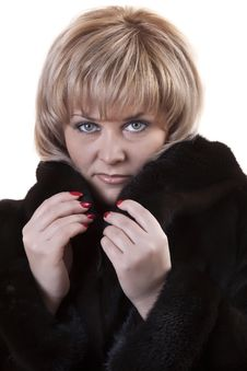 Free Adult Blonde In A Mink Coat Royalty Free Stock Photography - 18424487