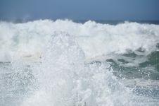 Free Wave Breaking Royalty Free Stock Image - 18424706