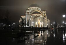 Free Saint Sava Cathedral By Night Royalty Free Stock Photo - 18425335