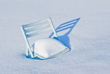 Free Chair Covered In Snow Stock Photography - 18425952