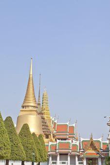 Free The Emerald Buddha Temple Royalty Free Stock Photos - 18427378