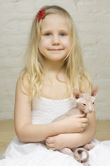 Free Young Smiling Girl With Kitten Stock Photos - 18429913