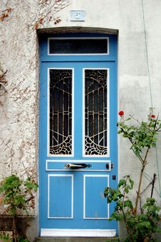 Free Blue Door Stock Photography - 18437712