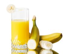 Free Fresh Banana  Juice Royalty Free Stock Images - 18439219
