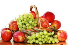 Free Red Apples And Grapes Stock Photography - 18439552