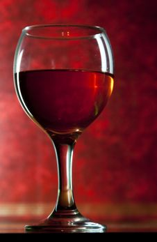 Free Red Vine In Glass On Vintage Background Royalty Free Stock Images - 18440729