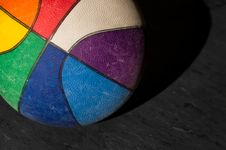Free Colorful Basketball Royalty Free Stock Images - 18441099