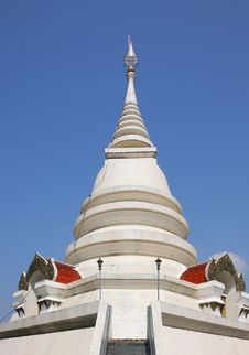 Free The White Pagoda Of Thailand Royalty Free Stock Images - 18441769