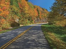 Free Scenic Drive On Blue Ridge Parkway Stock Images - 18442154