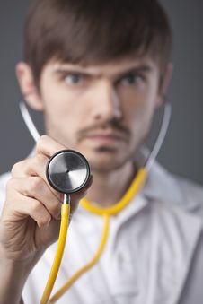 Free Doctor Using Stethoscope Stock Images - 18442264
