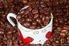 Free White Cup With Hearts And Coffee. Royalty Free Stock Images - 18445369