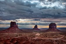 Monument Valley Cloudy Sunrise Stock Photography