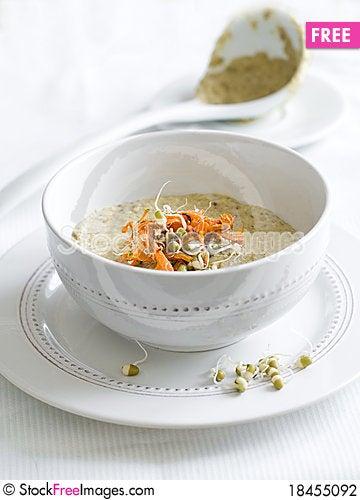 Free Vegetarian Cream Soup Stock Photography - 18455092