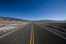 Free Desert Highway Royalty Free Stock Image - 18451626