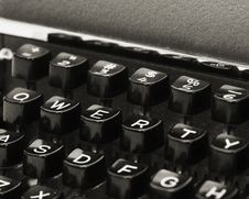 Free Vintage QWERTY Keyboard Stock Photography - 18452492