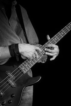 Free Electrical Bass-guitar Black And White Stock Photography - 18454092