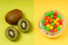 Free Kiwi And/or Candy Royalty Free Stock Images - 18455619
