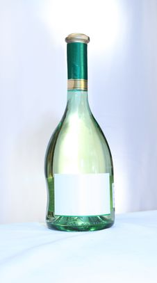 Free Wine With An Empty Label Stock Images - 18457244