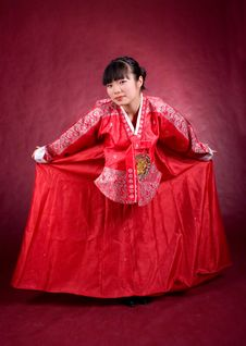 Free Elegant Chinese Model In Traditional Red Dress Royalty Free Stock Image - 18469146