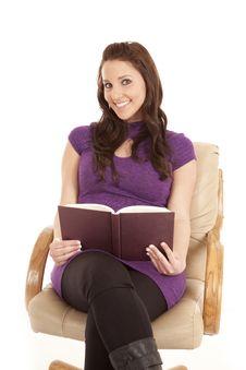 Free Woman Happy Reading Front Purple Stock Photos - 18469433