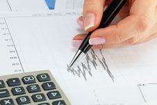 Free Financial Charts Royalty Free Stock Photos - 18471828