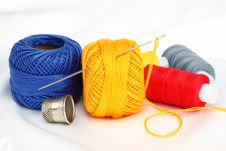 Free Colored Thread, Needles Royalty Free Stock Image - 18472526