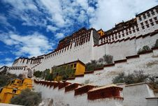 Free Potala Palace Royalty Free Stock Photo - 18474325