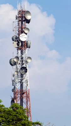 Free Phone Signal Towers Stock Photography - 18478712