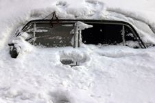 A Car In The Heavy Snow Royalty Free Stock Photos