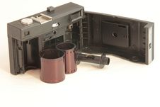Free An Old Camera With Open Back With Film Royalty Free Stock Images - 18481889