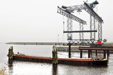 Free Harbor Crane Stock Photos - 18485373
