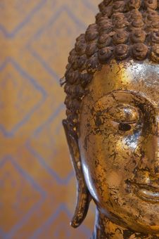 Free Buddha Face Close-up. Stock Image - 18491041