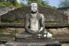 Free Buddha Statue Royalty Free Stock Photo - 18491655