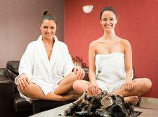 Free Women Relaxing Spa Stock Image - 18491731
