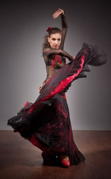 Free Flamenco Dancer In Beautiful Dress Royalty Free Stock Photography - 18491857
