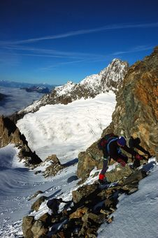 Free Mountaineer On Mont Blanc 2 Royalty Free Stock Image - 1850156