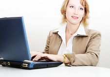 Free Woman Working On A Laptop Royalty Free Stock Image - 1850786