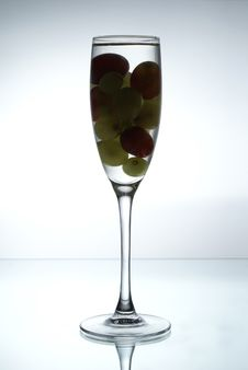 Free Grapes In The Glass Royalty Free Stock Photo - 1854795