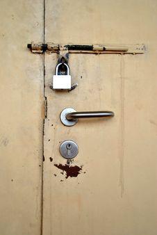 Free Locked Door Royalty Free Stock Photos - 18502538
