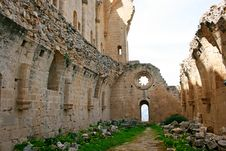 Free Bellapais Abbey Stock Photography - 18504952