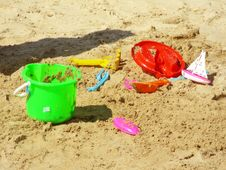 Free Beach Toys Royalty Free Stock Images - 18505919