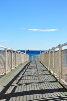 Free Iron Pier Stock Photography - 18506302