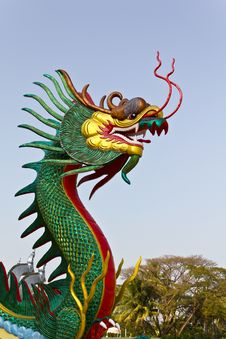 Free Chinese Dragon Statue Stock Photos - 18509313