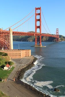 Free Golden Gate Royalty Free Stock Photography - 18516337