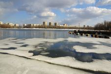 Free Last Ice On The Rusanovsky Gulf In Kiev Stock Image - 18520071